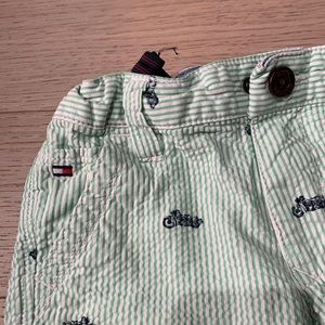 Tommy Hilfiger Bottoms - Boys shorts size 6.